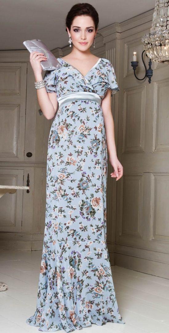Floral também é permitido em vestidos de festas. E quem não gostaria desse visual que além de romântico é lindo e elegante.
