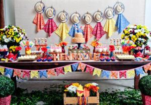 Festa infantil com decoração Junina