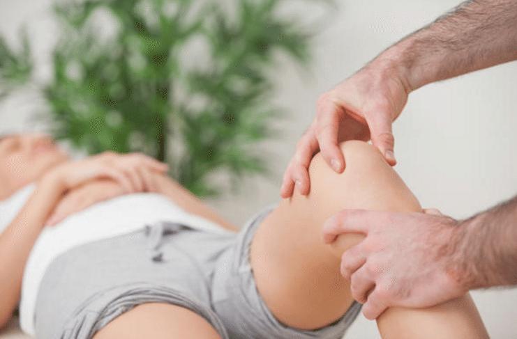 Não existe um tratamento específico para tratar a dor do crescimento, mas é importante que os pais mostrem atenção para a dor do filho